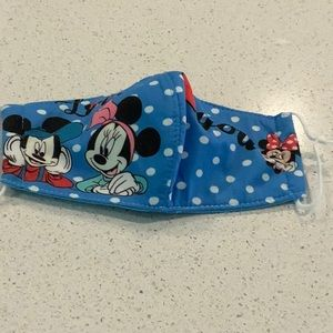 NWOT Mickey & Minnie Mouse Disney Face Mask Cover